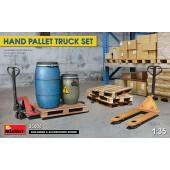 MiniArt Hand Pallet Truck Set