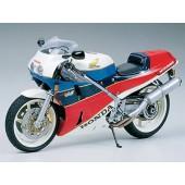 Tamiya Honda VFR 750 R