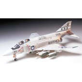 Tamiya McDonnell Douglas F-4J Phantom II Marines