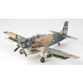 Tamiya WWII Douglas A1J Skyraider USAF